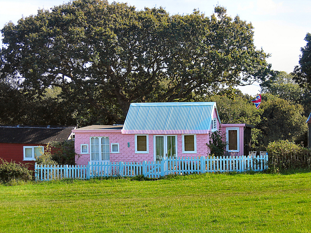 Pink house, Isle of Wight