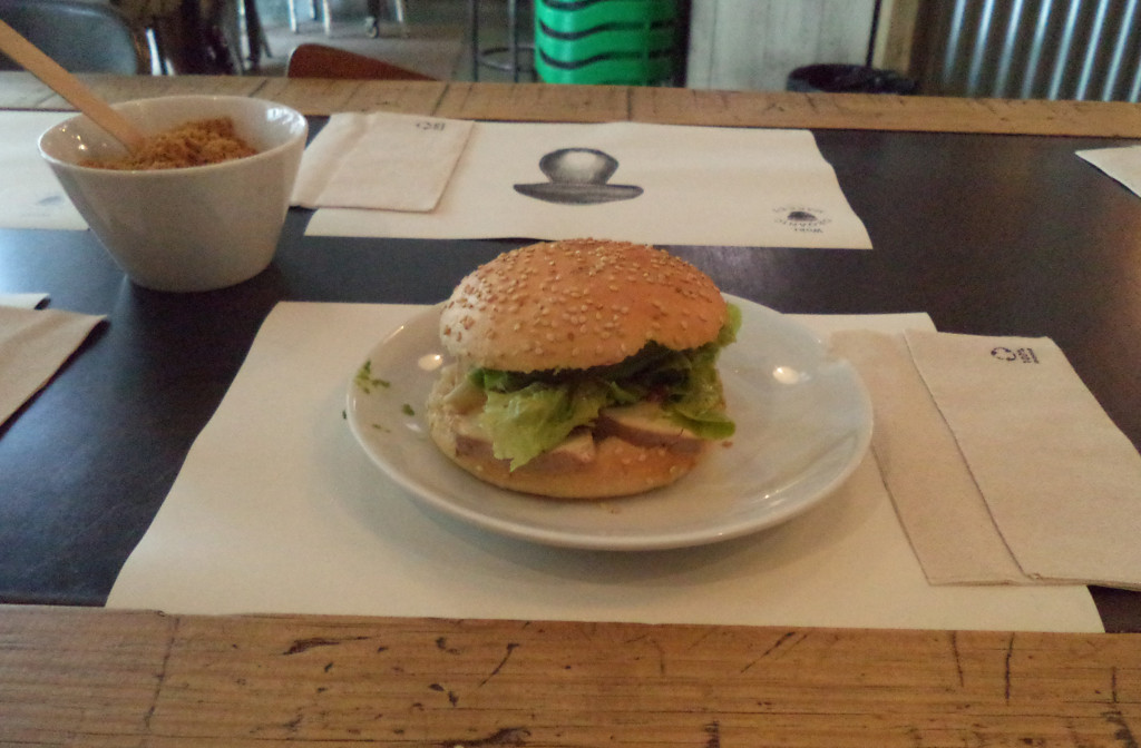 Burger from Woki Organic Market, Barcelona