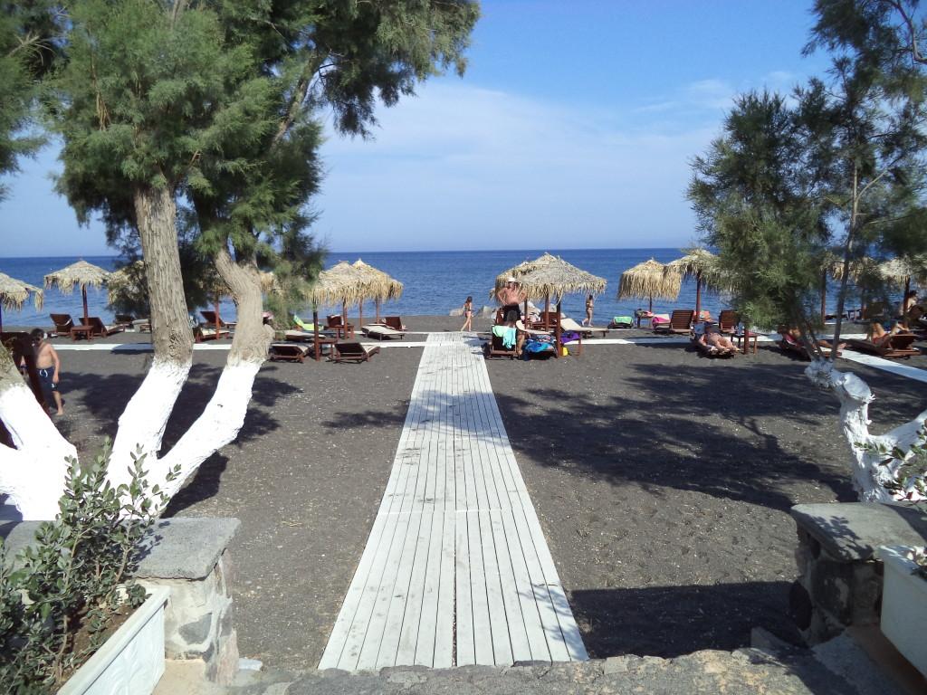 Perissa beach, Santorini