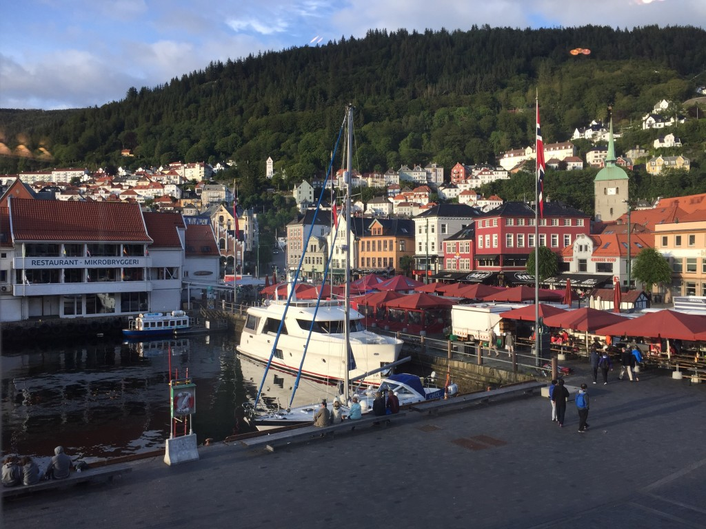 Views of fish market and the Bergen city centre